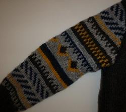 GROS plan sur point jacquard pull enfant, tricoté main
