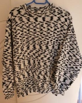 Création pull homme chamarré noir et blanc tricoté main