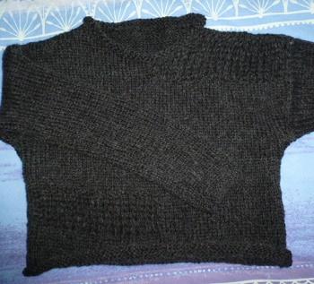 Pull femme noir point ajouré tricoté main